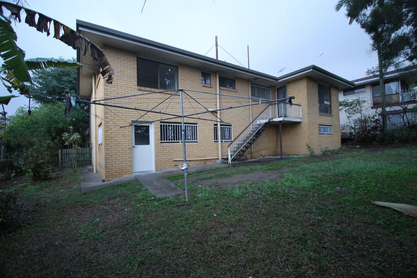 27 Swanfield Street, Macgregor QLD 4109, Image 1