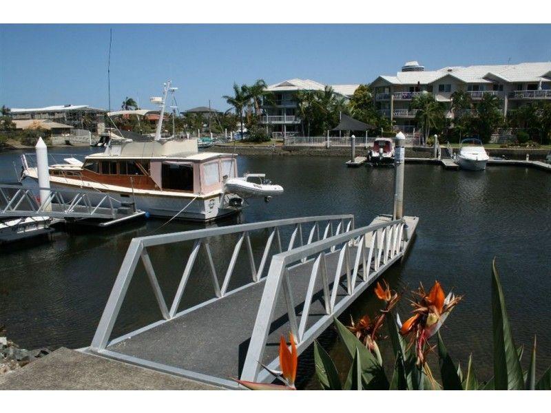 5/14-18 Jennifer Avenue, Runaway Bay QLD 4216, Image 2