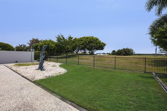 Picture of 10 Marina Parade, JACOBS WELL QLD 4208