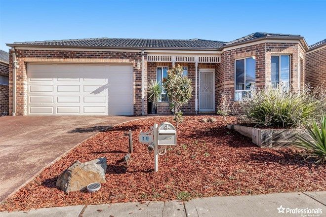 Picture of 19 Hawthorn Avenue, MELTON WEST VIC 3337