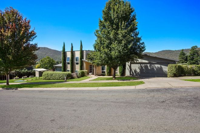 Picture of 2 Orchard Court, BRIGHT VIC 3741
