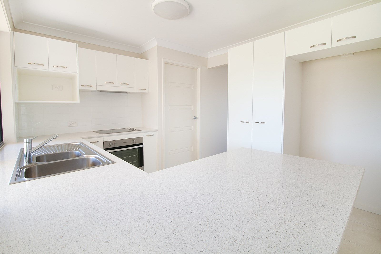 98 Westminster Crescent, Raceview QLD 4305, Image 1