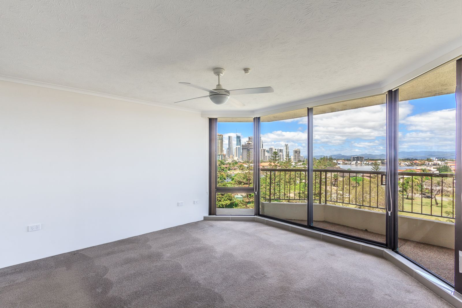 34/5 Admiralty Drive, Surfers Paradise QLD 4217, Image 2