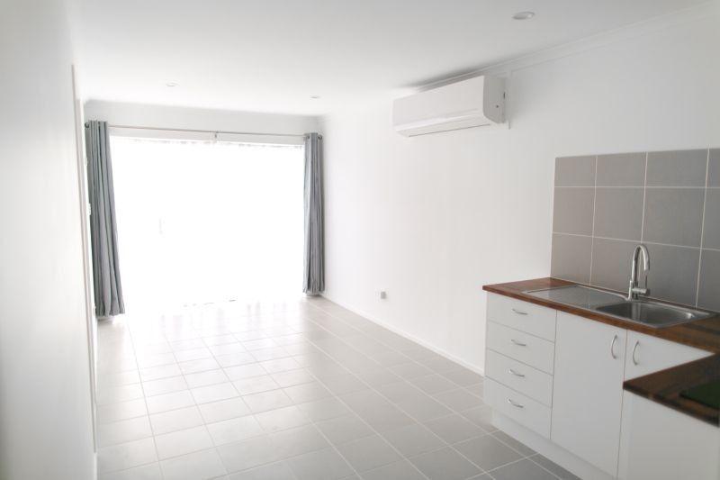 119A Kindra Ave, Southport QLD 4215, Image 1