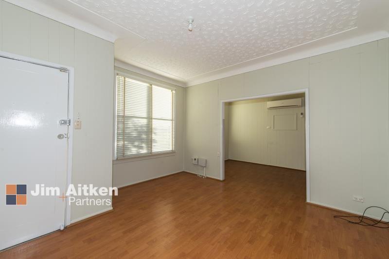 4 Rawson Avenue, Penrith NSW 2750, Image 1