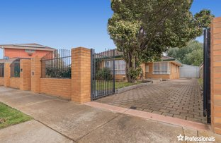 Picture of 1 Blaxland Road, Melton South VIC 3338