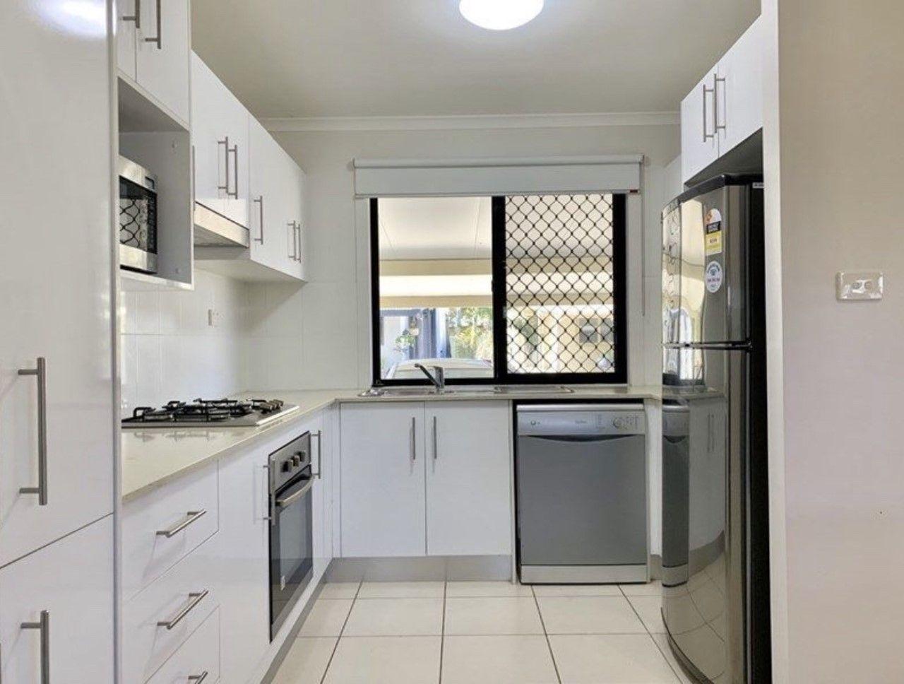 4/5 Atkinson Street, Middlemount QLD 4746, Image 2