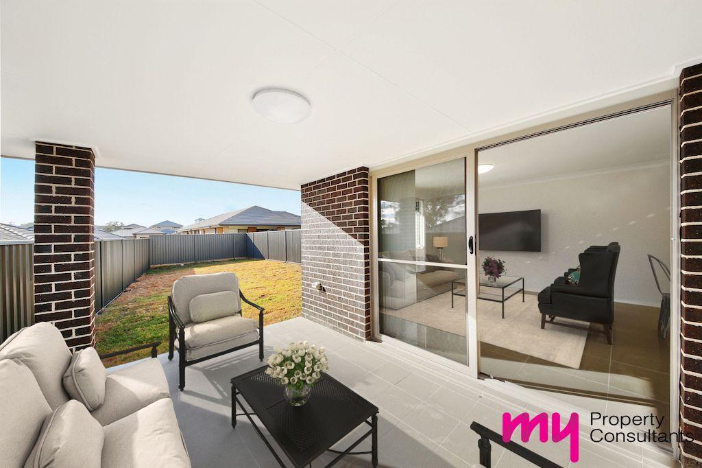 1/13 Egan  Crescent, Cobbitty NSW 2570, Image 2