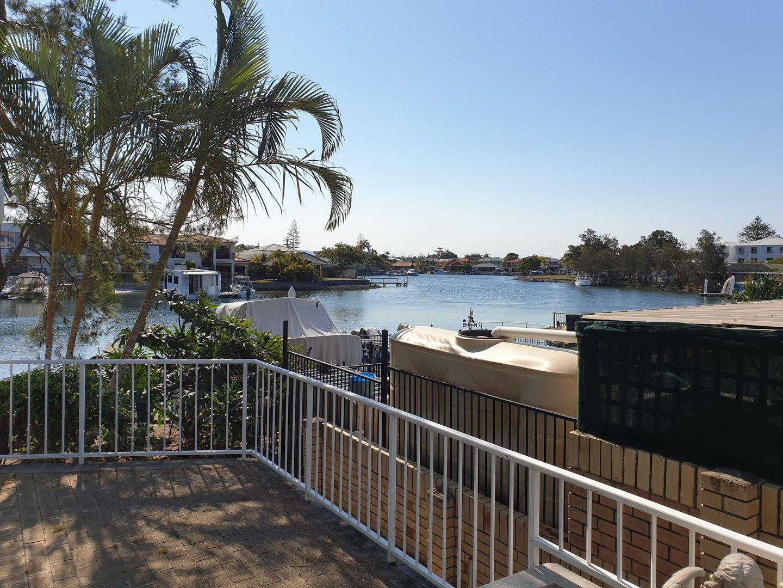 2/6 Back Street, Biggera Waters QLD 4216, Image 1