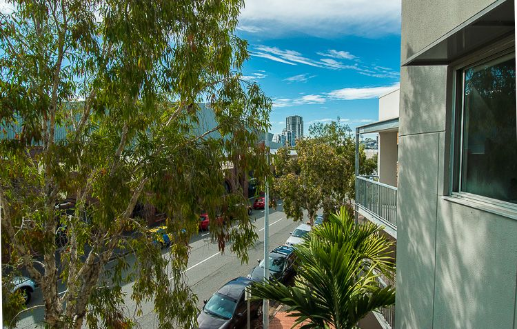 L2/587 Gregory Tce, Fortitude Valley QLD 4006, Image 0