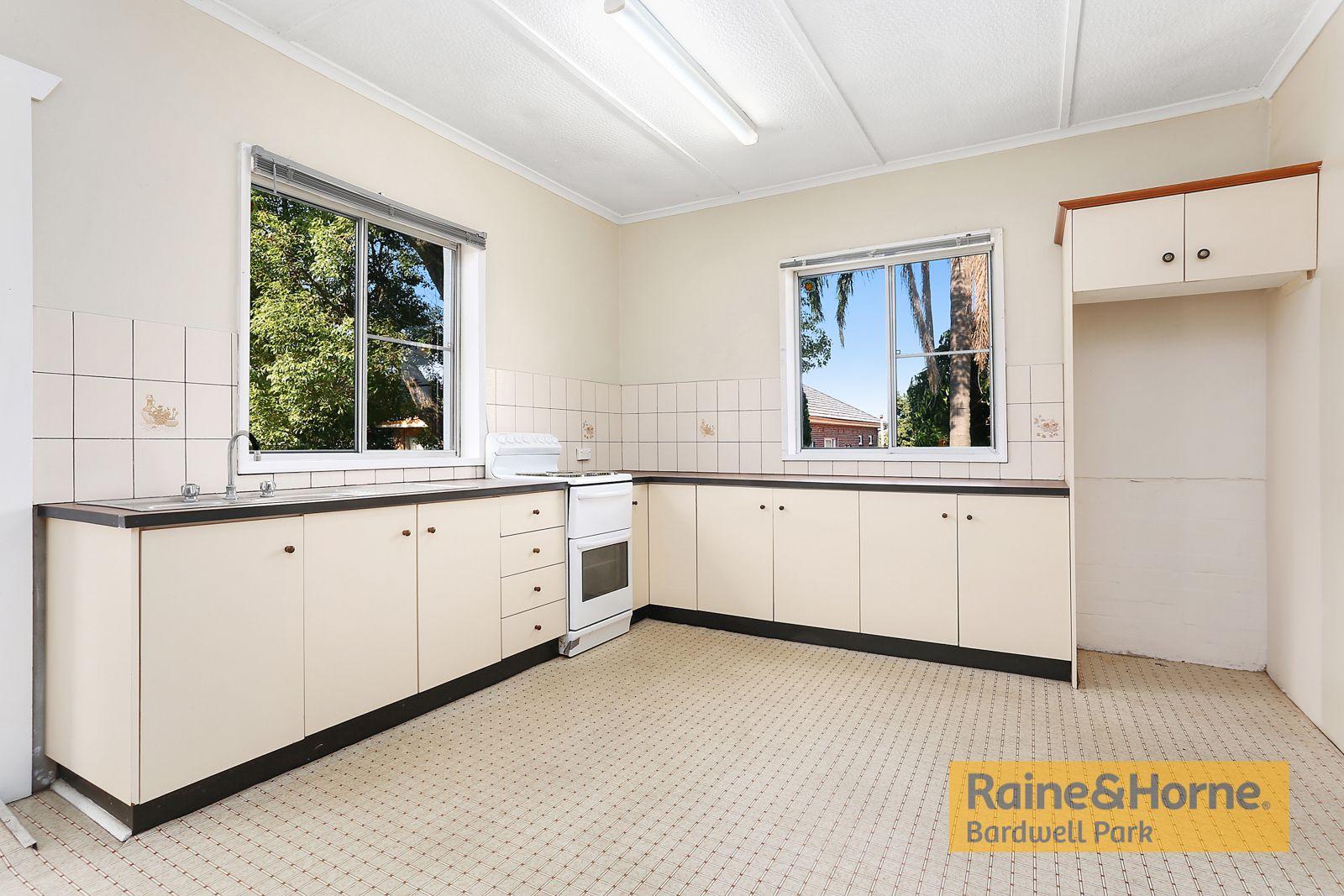 167 Wardell Road, Earlwood NSW 2206, Image 2
