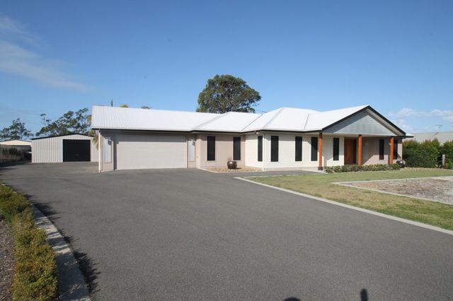 11 Yacht Road, Tannum Sands QLD 4680, Image 1