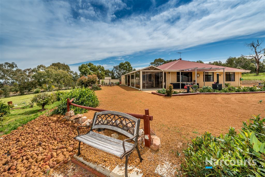 26 Sollya Retreat, Lower Chittering WA 6084, Image 2