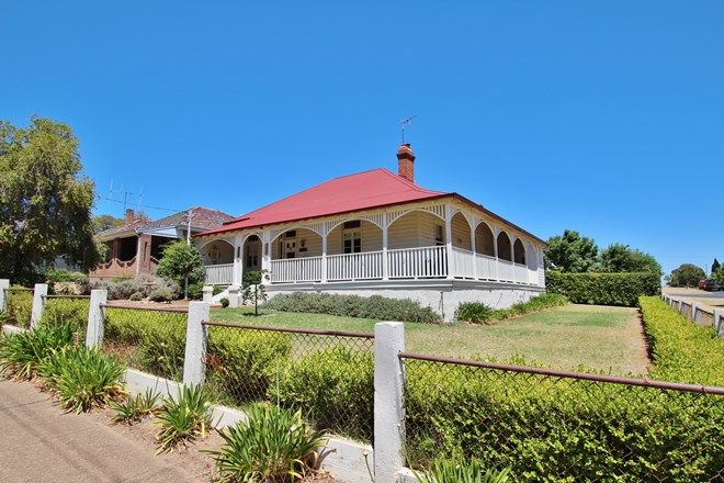 Picture of 41 Caple Street, YOUNG NSW 2594