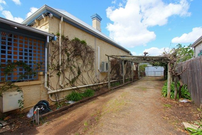 Picture of 75 James Street, GUILDFORD WA 6055