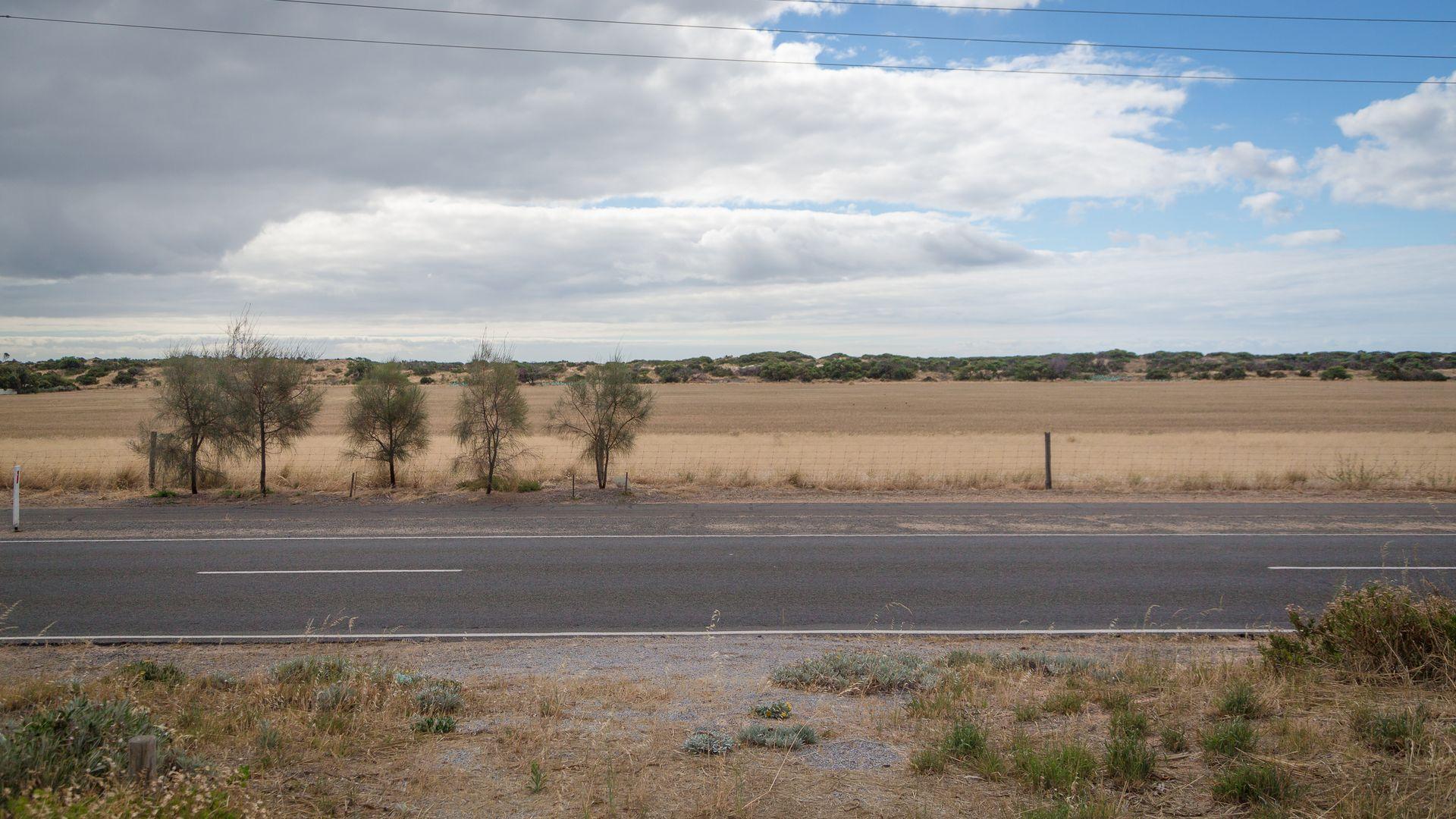 15 Carrickalinga Road, Normanville SA 5204, Image 2