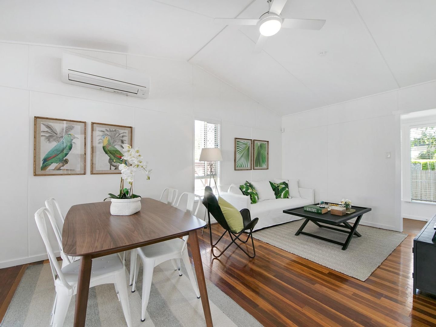 18 Kendall Street, Oxley QLD 4075, Image 2