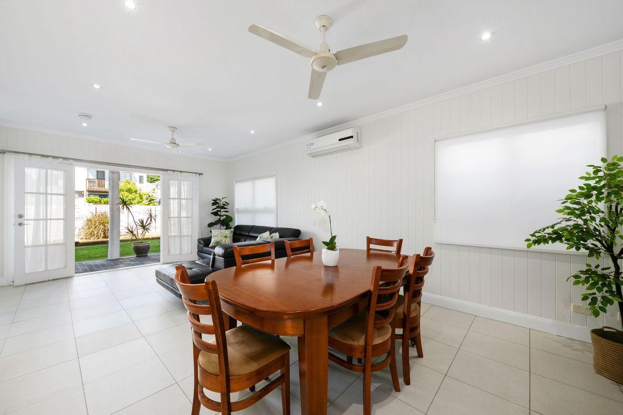 4/16 Railway Terrace, Corinda QLD 4075, Image 2