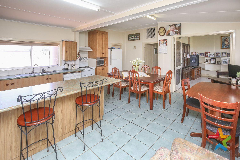 76 Pitman Avenue, Buronga NSW 2739, Image 2