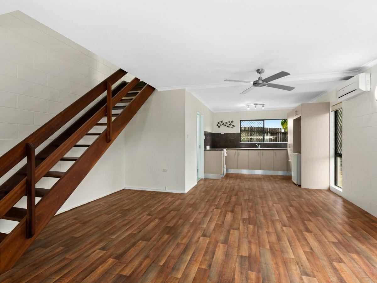 7/501 Varley Street, Yorkeys Knob QLD 4878, Image 0