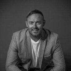 Lucas Gresham, Sales representative