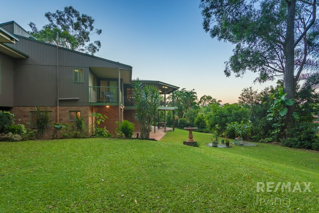 5 Knowles Place, Glass House Mountains QLD 4518, Image 2