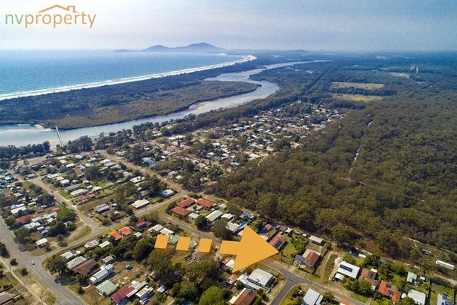 Picture of 19 Third Avenue, STUARTS POINT NSW 2441