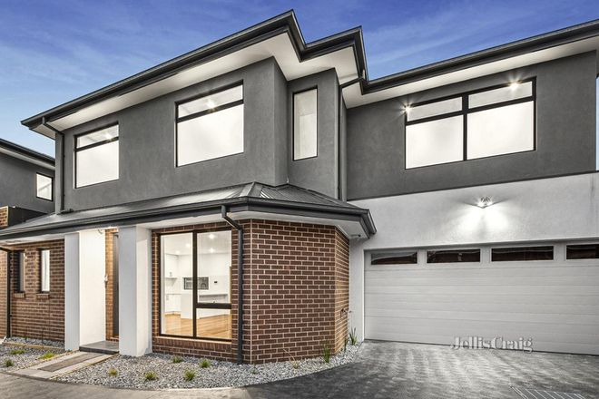 Picture of 2/21 First Avenue, STRATHMORE VIC 3041