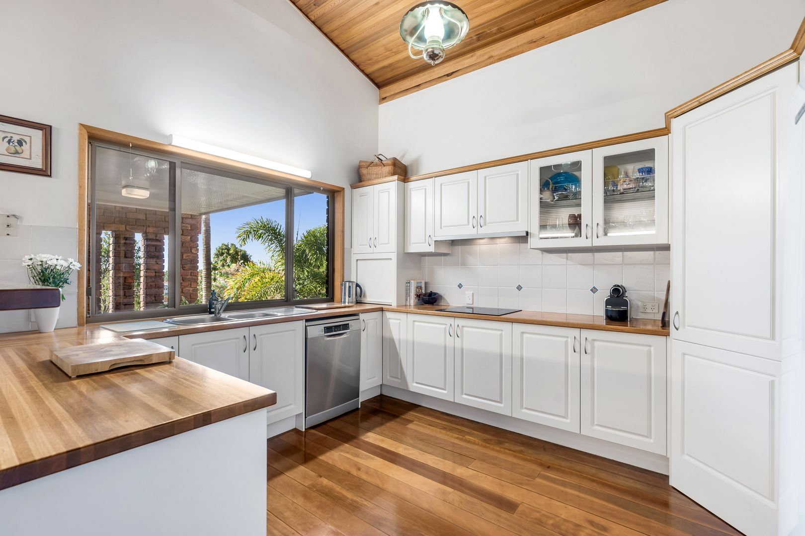 28 Andes Street, Manly West QLD 4179, Image 1