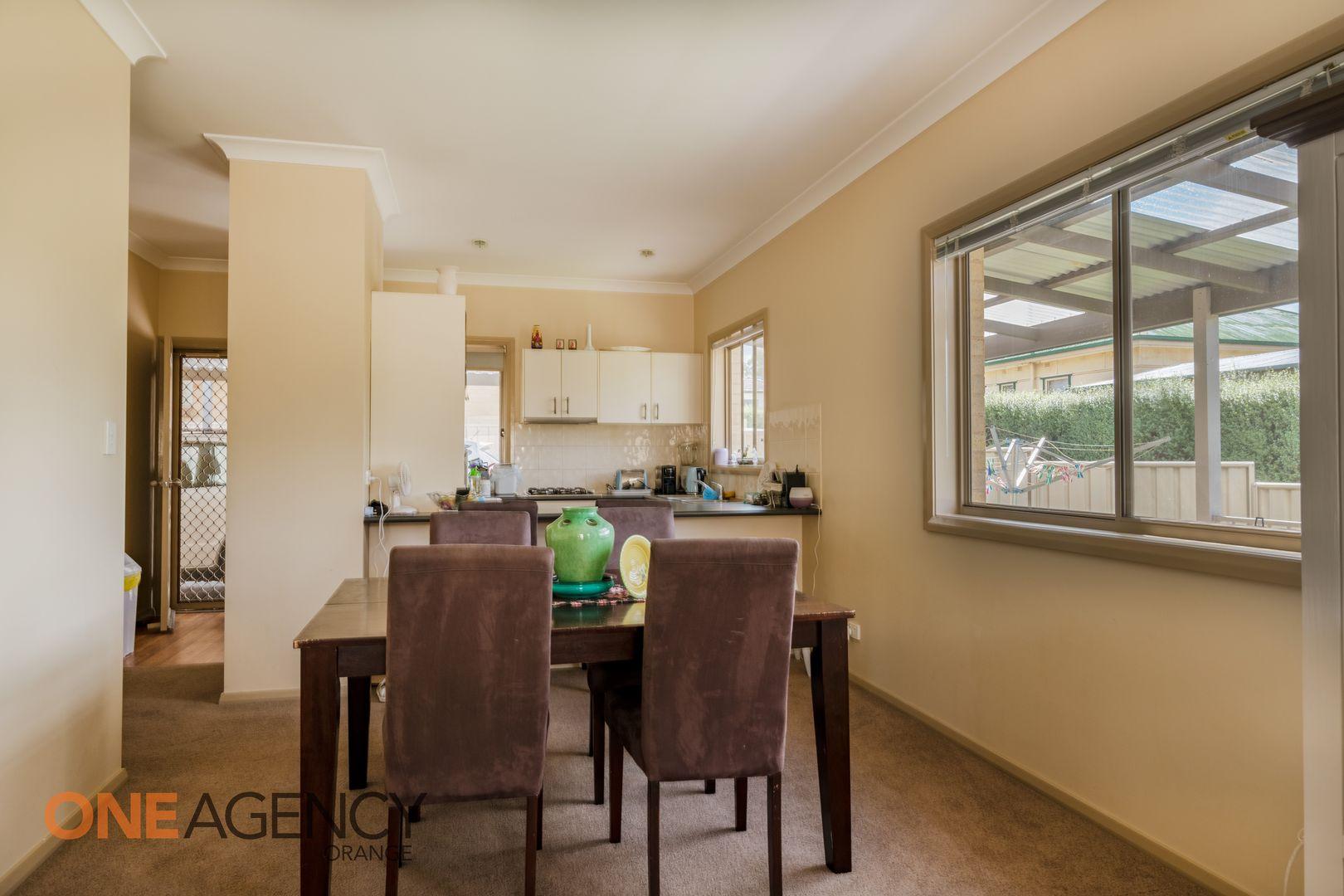 2/18 McLachlan Street, Orange NSW 2800, Image 2