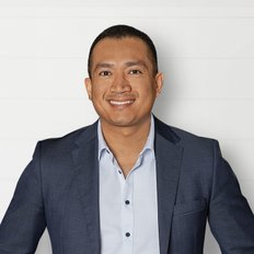 Andy Tan, Sales representative