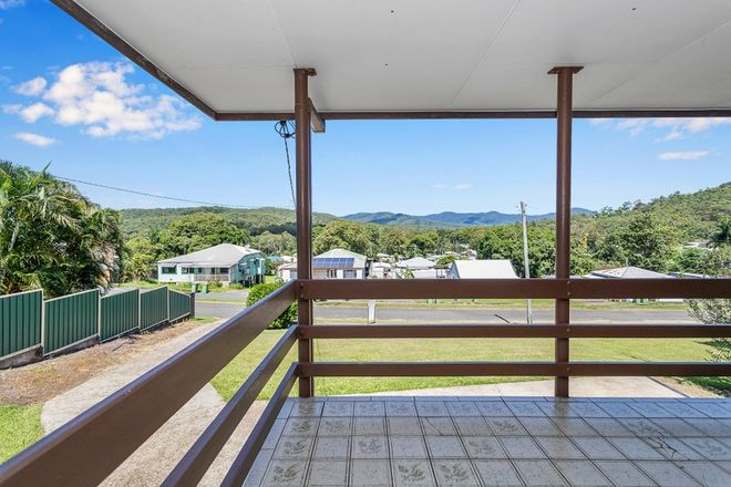 Picture of 14 Hill Street, SARINA QLD 4737