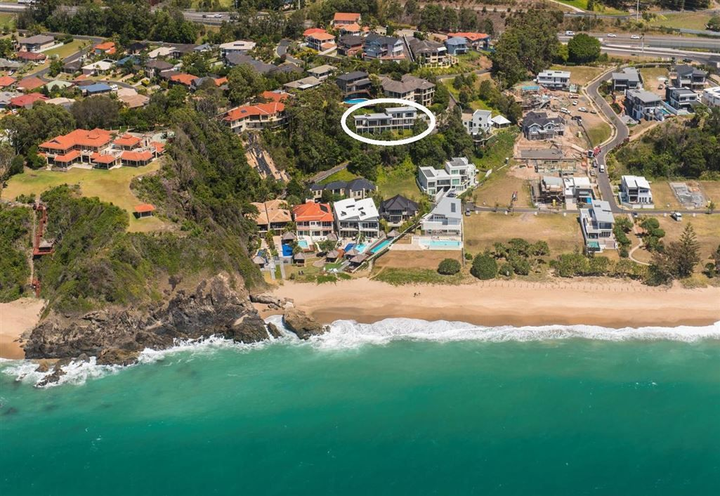 4 Beachfront Close, Sapphire Beach NSW 2450, Image 0
