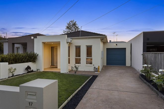 Picture of 17 Howard Avenue, ORMOND VIC 3204