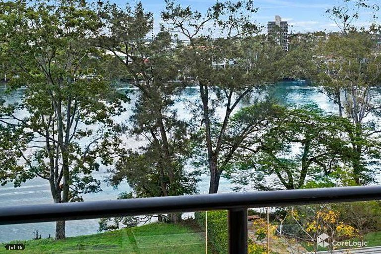 18/136 Macquarie Street, St Lucia QLD 4067, Image 0