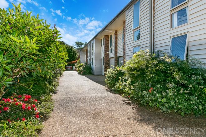 Picture of 4/4 Griffith Road, SCARBOROUGH QLD 4020