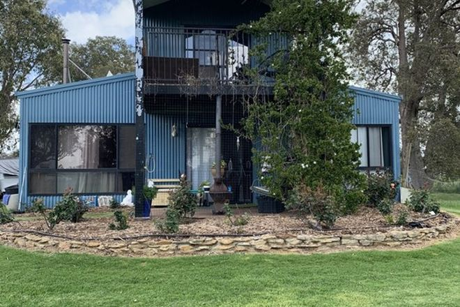 Picture of 43 Mirasole Road, COOKERNUP WA 6220