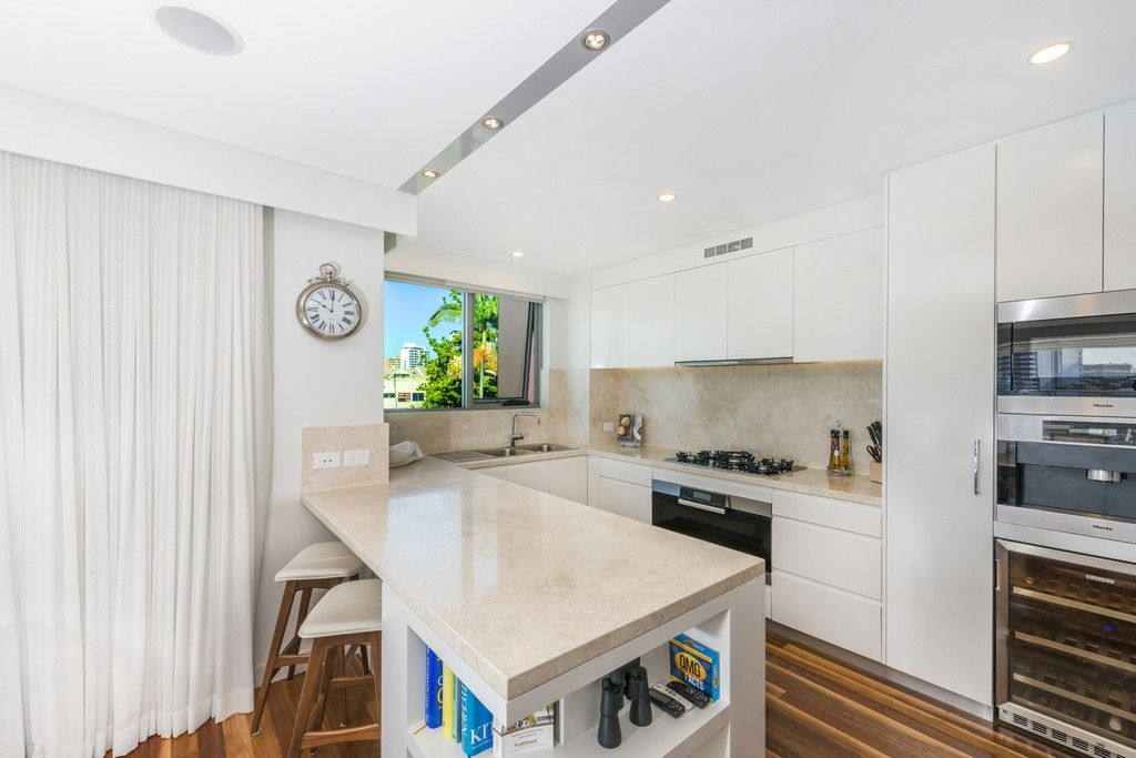 2404/25 Anderson Street, Kangaroo Point QLD 4169, Image 1