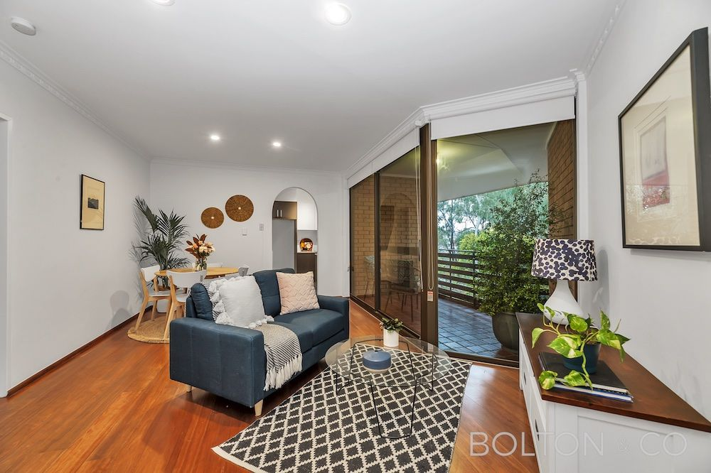 2 bedrooms Apartment / Unit / Flat in 14/17 Medley Street CHIFLEY ACT, 2606