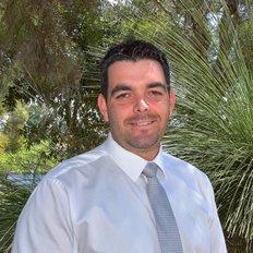 Toni Todorovski, Sales representative