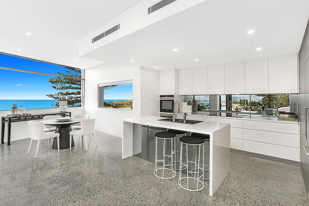 2/68 Cliff Road, Wollongong NSW 2500, Image 2