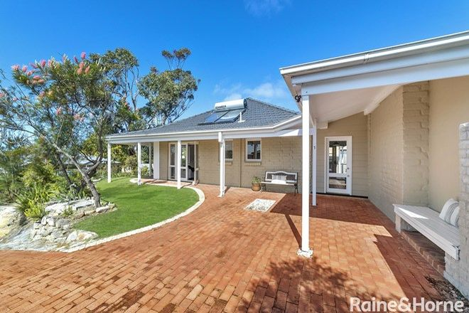 Picture of 1/34 Laurina Avenue, HELENSBURGH NSW 2508
