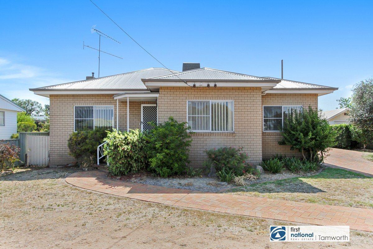 25 Diane Street, South Tamworth NSW 2340, Image 2