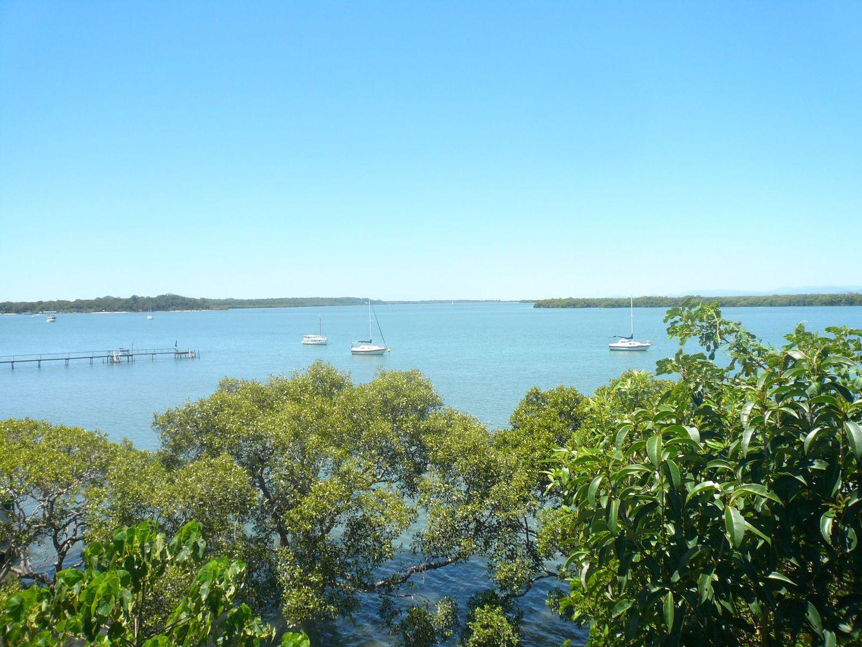 132 Western Road, MacLeay Island QLD 4184, Image 2