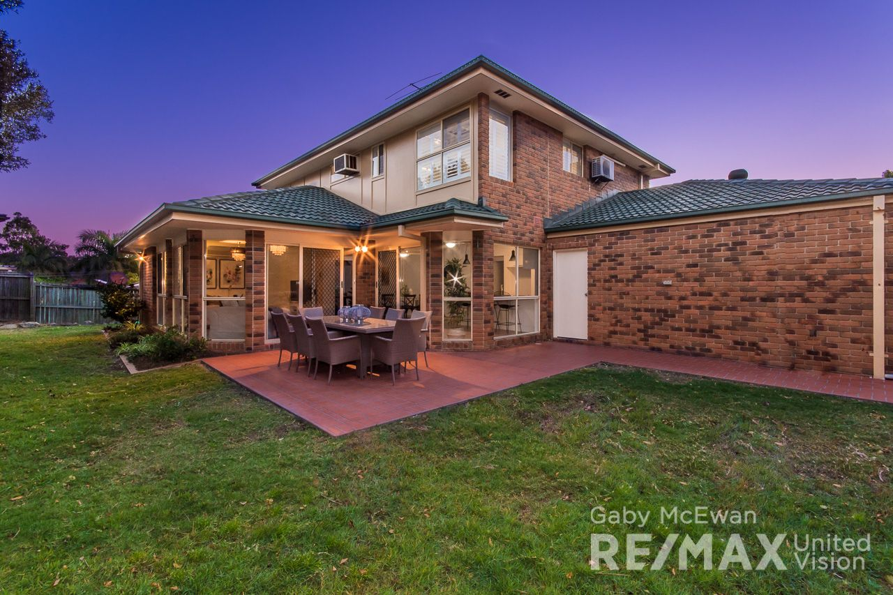 3 Kensington Close, Carindale QLD 4152, Image 2