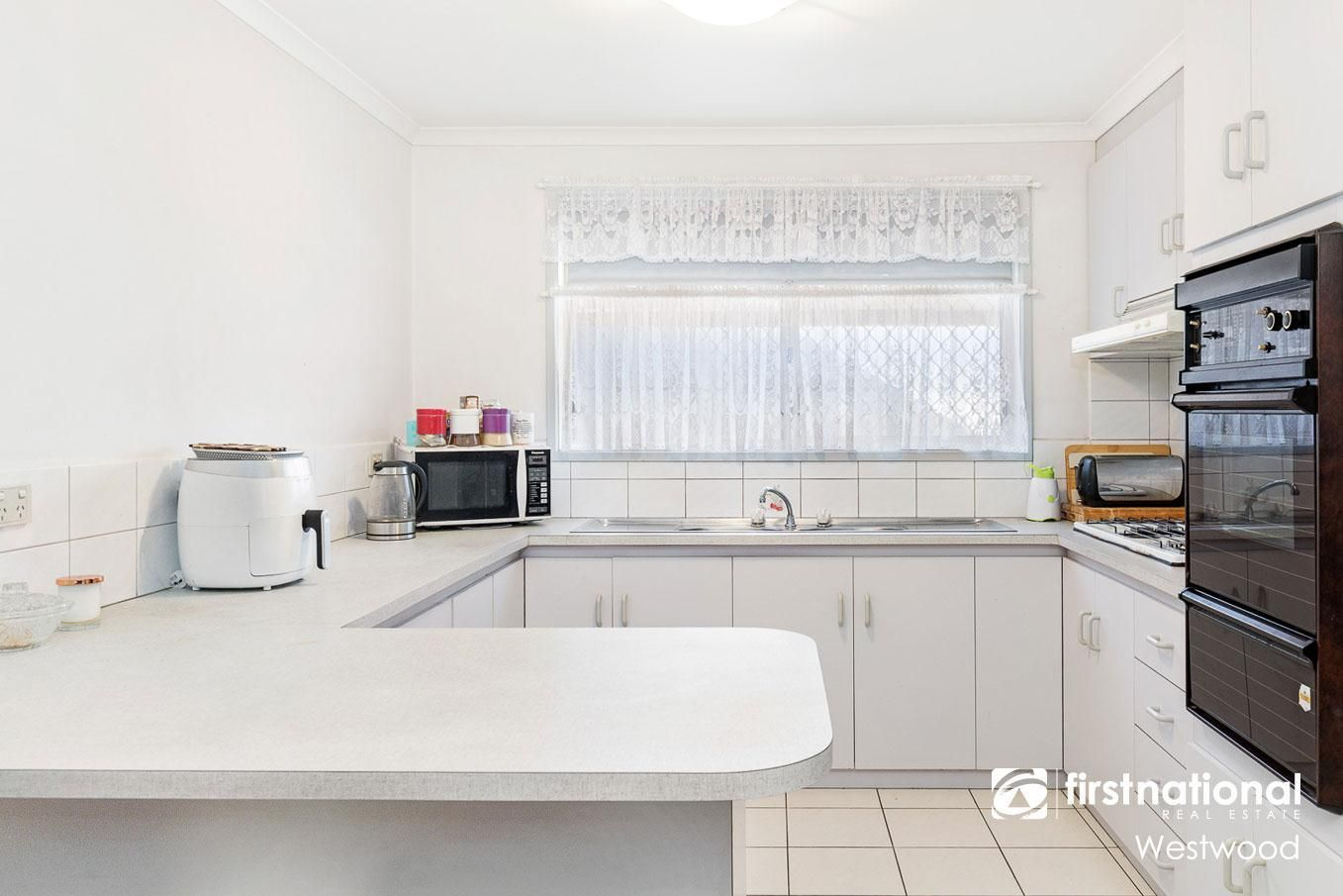 2/25 Cameron Drive, Hoppers Crossing VIC 3029, Image 1