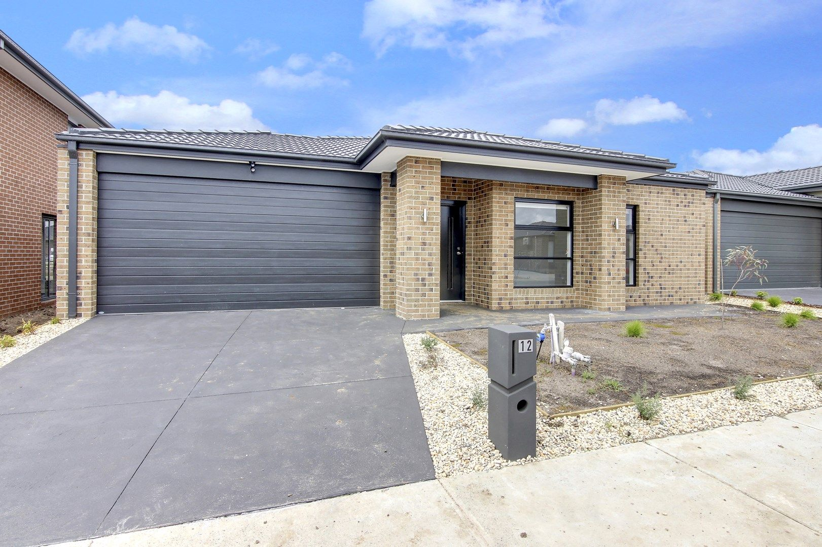 12 Roskopp Avenue, Clyde North VIC 3978, Image 0