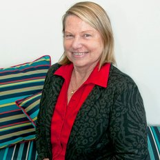 Paula Clarke, Sales representative