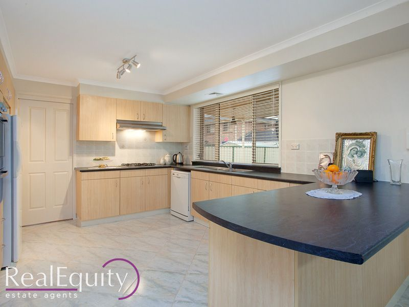 37 Derby Crescent, Chipping Norton NSW 2170, Image 1