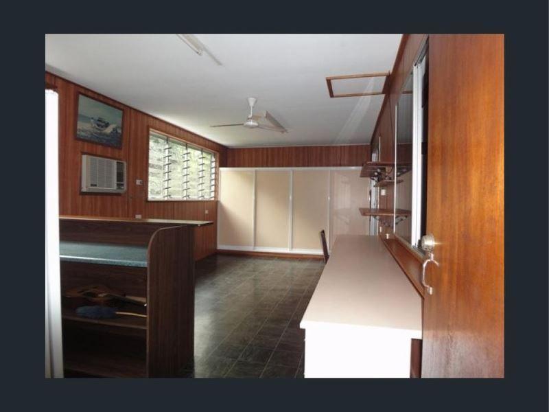 44 Karwin Street, Bayview Heights QLD 4868, Image 2